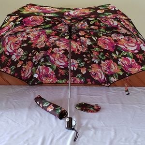Vera Bradley English Rose Umbrella Coin Clip Purse